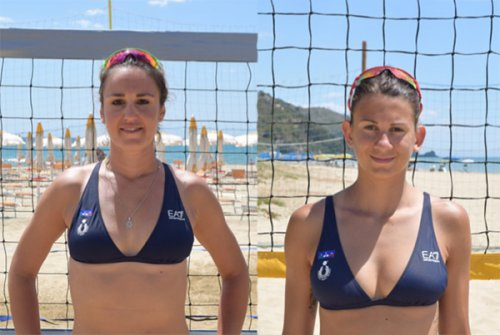 La nazionale italiana femminile di beach volley all'anderlini volley camp di Riccione