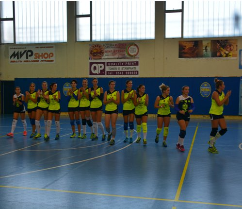 Stella Rimini vs Idea volley Crespellano  3-2  (parziali 25-22   16-25   19-25 25-23  15-13)