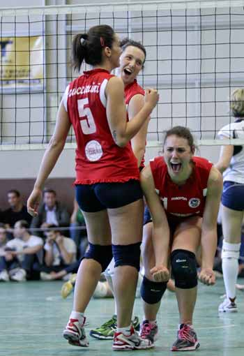 Play-off - La Battistelli Viserba Volley vince Gara2