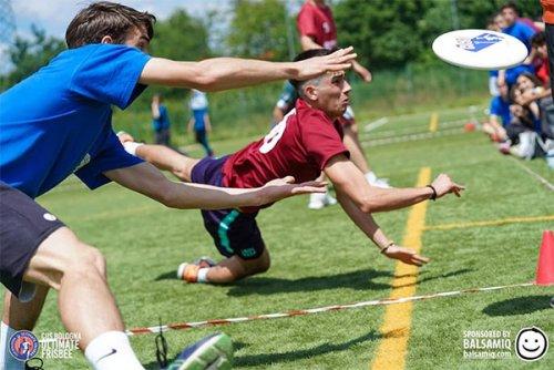 Torneo di ultimate frisbee scuole superiori di Bologna