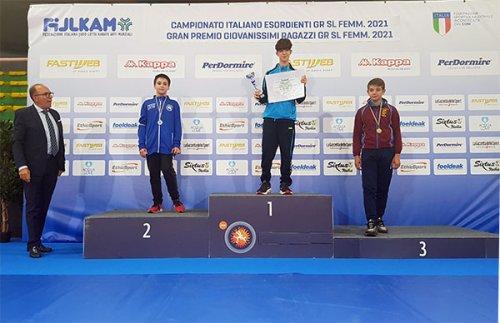 Pol Sacca lotta di nuovo sul podio ai campionati italiani esordienti lotta grecoromana