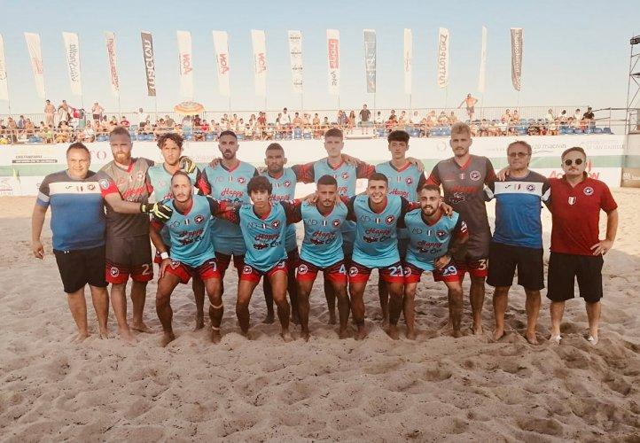 La Samb Beach Soccer non muore mai: Viareggio battuto 3-2 all'extra time