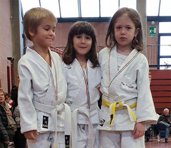 """I """"piccoli"""" del Judo Polisportiva Riccione sugli scudi a Castenaso nel IV Memorial Massimo Miccoli"""