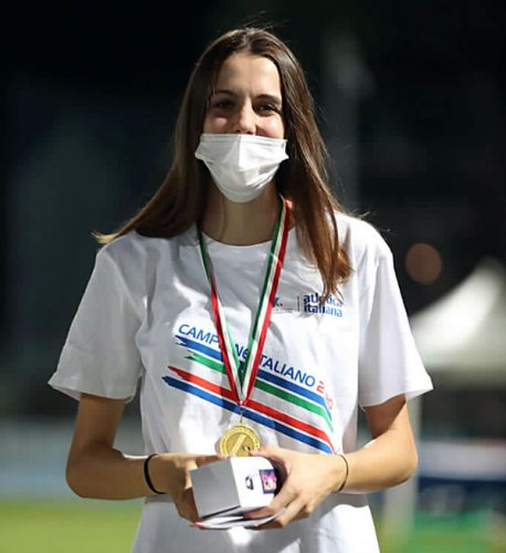 Marta Morara (Atletica Imala Sacmi Avis)  tra le grandi all'Udin Jump Developement