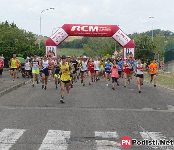 Podismo: oltre 2000 atleti per le Colline del Secchia a Castellarano