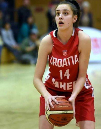 Josipa Juric firma con la Libertas Basket Rosa