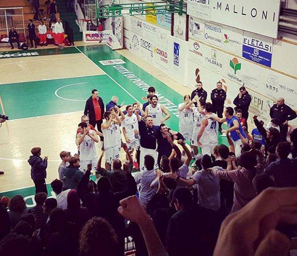 Malloni Bk Porto Sant'Elpidio - Basket Recanati 65-64