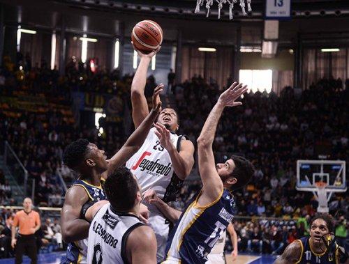 Sidigas Avellino vs Segafredo Bologna 87-59  (22-10; 44-25; 57-41)