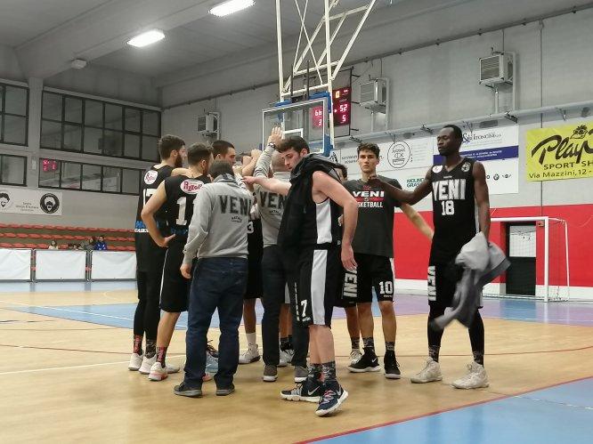 Magik Basket Parma  vs Veni Basket Pizzoli   66 - 52