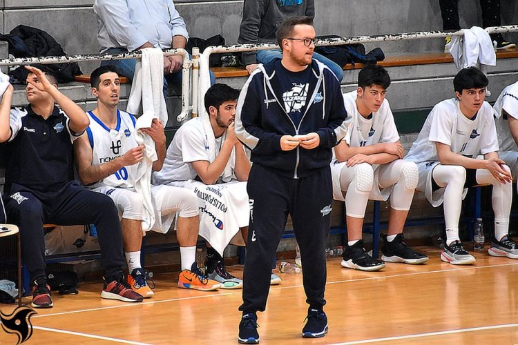 Nazareno Basket Carpi : Si separano le strade con coach Matteo Tasini