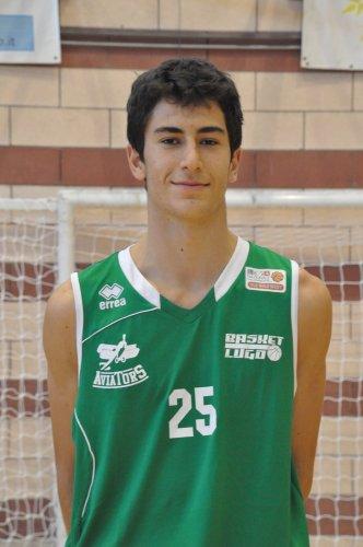 Basket Lugo : confermato il lungo lughese Matteo Arosti