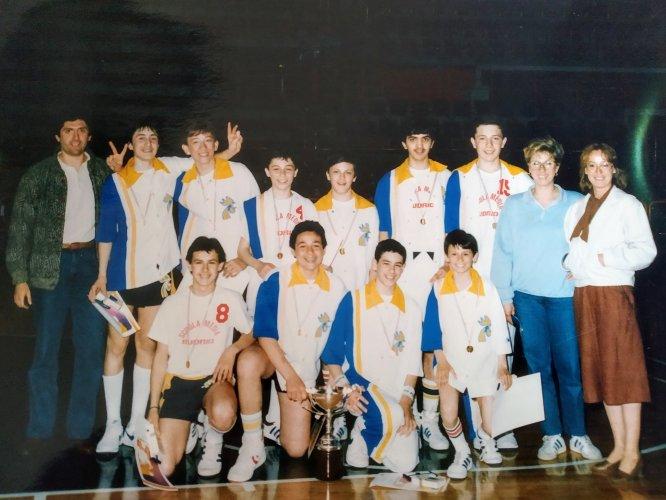 Basket Under 13 : L'importante non è vincere , ma partecipare