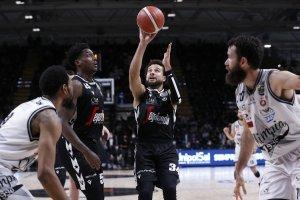 La Virtus Segafredo Bologna chiude la serie sul 4 a 0 contro l'A|X Armani Exchange Milano e vince lo Scudetto