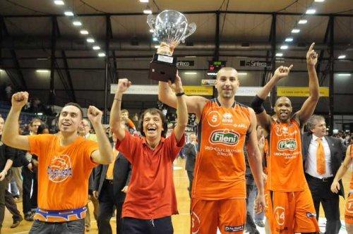 Aurora Basket Jesi racconta : Michele Maggioli, il cinque per eccellenza