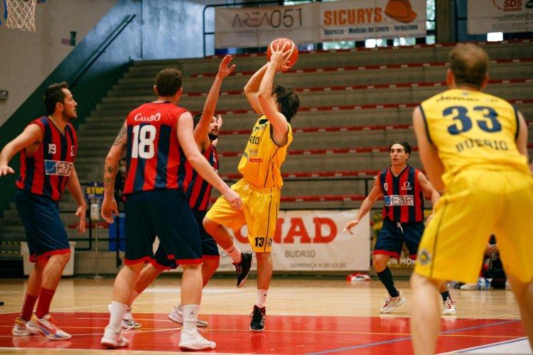 Pallacanestro Budrio – Omega Basket 93-87 dts (18-21, 34-46, 53-66, 81-81, 93-87)