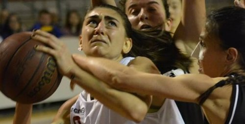 Il Basket Girls riparte da capitan Giulia Pierdicca