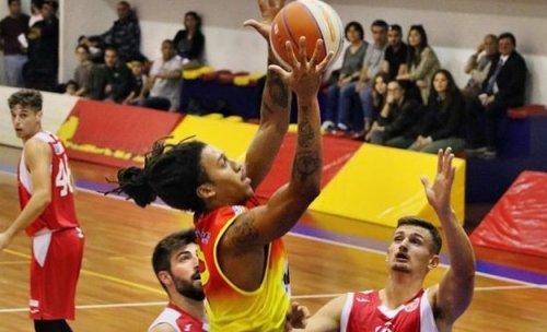 Luciana Mosconi Ancona : I nostri avversari il Giulianova Basket .