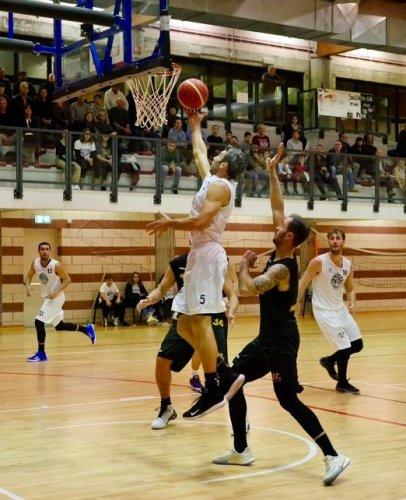 Pre - gara  : Gaetano Scirea Bertinoro  vs Fiorenzuola 1972 Basket