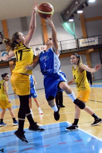Basket Cavezzo  vs Pall. Nazareno Carpi  46 -57