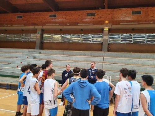 Nazareno Basket Carpi all'esame esterno in casa di Podenzano