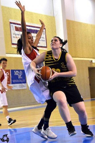 Basket Borgonovo  1972   - Basket Cavezzo   37 - 53