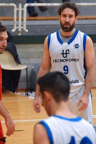 Nazareno Carpi   vs Veni Basket Pizzoli  81 - 84