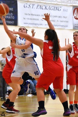 Pall. Nazareno Carpi  - Basket Borgonovo 1972   73 -42