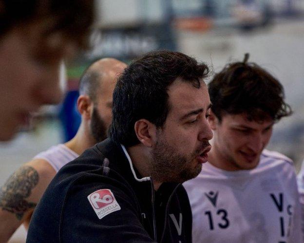 Virtus Basket Civitanova Marche : intervista a coach Emanuele Mazzalupi