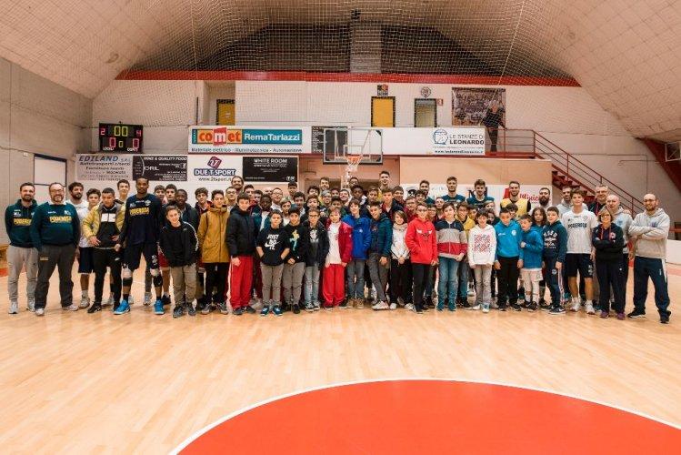 Poderosa Pall. Montegranaro : Ieri  a Macerata la prima tappa del Poderosa on Tour .