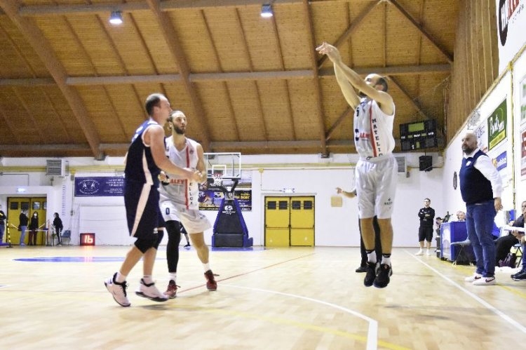 Halley Basket Matelica  -  Sicoma Valdiceppo   84-69