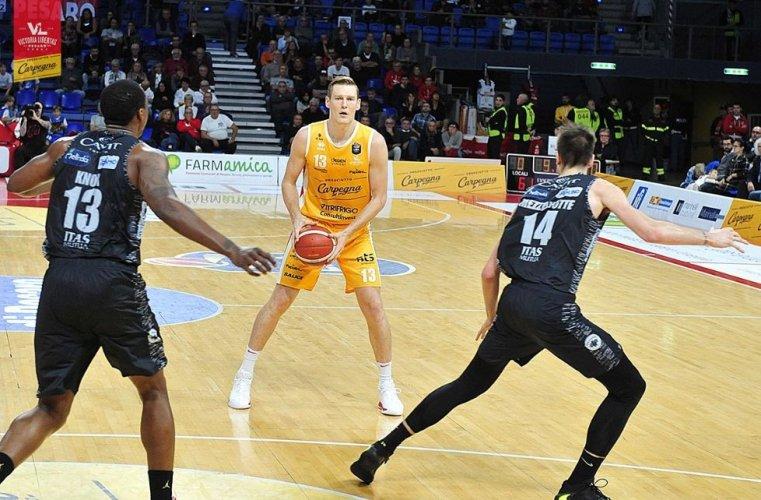 Carpegna Prosciutto Basket Pesaro  : Il punto sulle condizioni fisiche di Clint Chapman