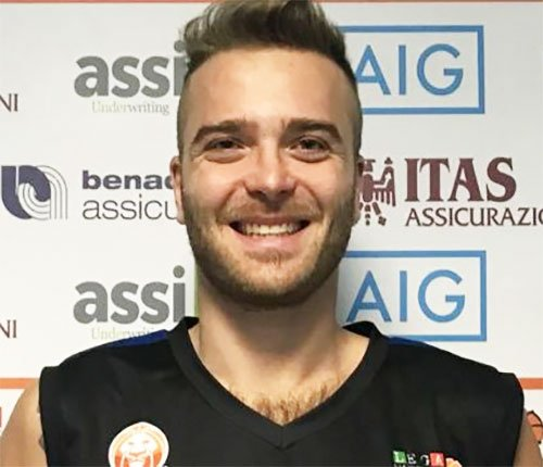 Alex Ranuzzi ha firmato con Cento