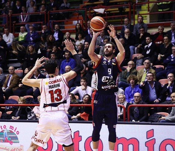 L'Assigeco Piacenza sfiora il colpaccio all'Unieuro Arena, Forli' si impone 83-79
