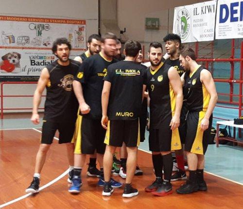 Impresa Intech Basket Giallonero in Promozione