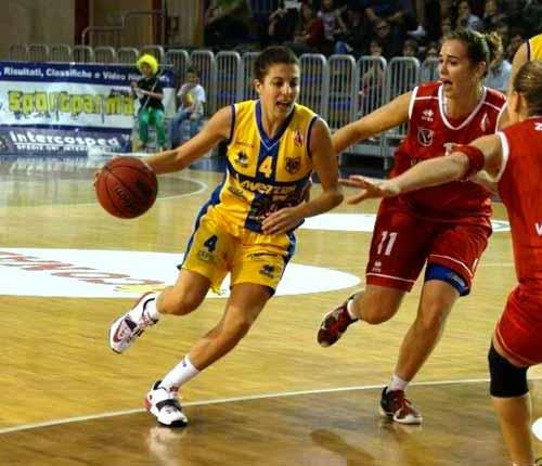 Umana Venezia - Lavezzini Basket Parma 81 a 62 (47-33)