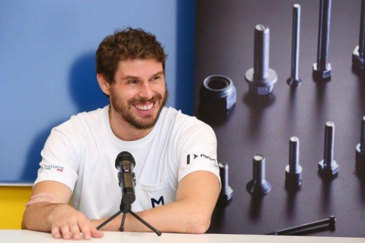 Modena Volley  : Bruno Mossa De Rezende:  - Sono felice come un bambino, non c'era posto migliore per iniziare una nuova sfida -