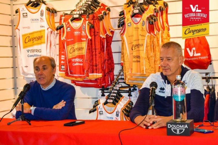 Coach Aza Petrovic presenta Fortitudo Kigili Bologna - Carpegna Prosciutto Basket Pesaro