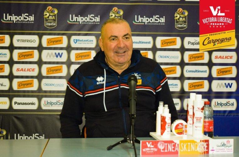 Coach Jasmin Repesa presenta Carpegna Prosciutto Basket Pesaro - Acqua S. Bernardo Cantù
