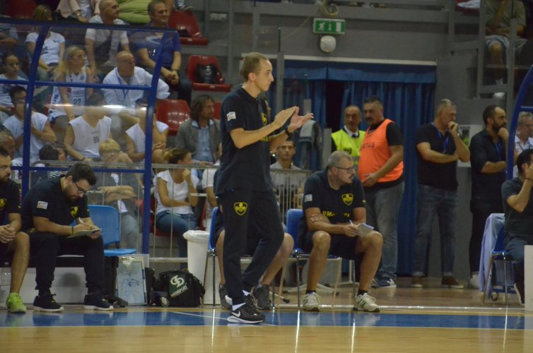 Coach Ciarpella sull'esordio alla Bombonera  - Siamo determinati a lottare fino   all'ultimo secondo.-