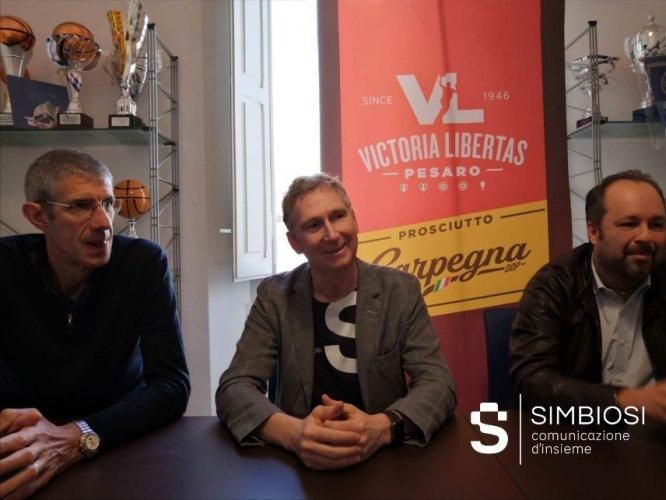 Simbiosi al fianco della comunicazione online della Carpegna Prosciutto Basket Pesaro.