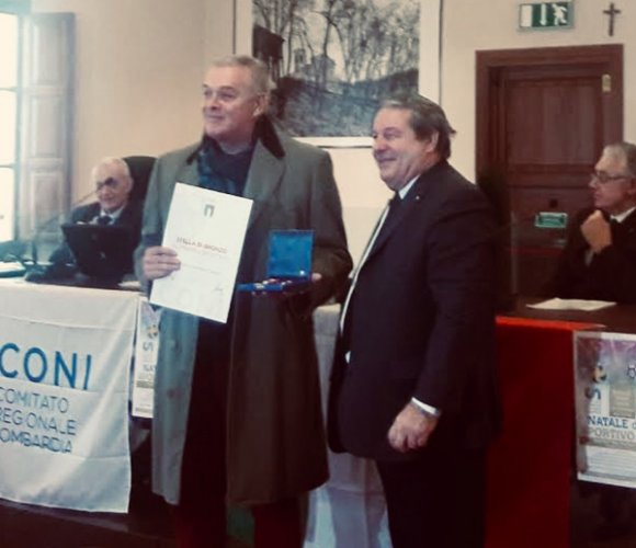 Il presidente dell'Assigeco Piacenza Curioni  premiato con la stella di bronzo al merito sportivo
