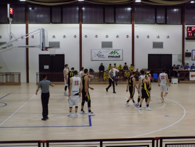 BMR 2000 Basket R.E. vs   Virtus Intech Imola 85 - 79
