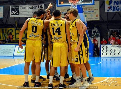 Olimpia Castello Dulca Angels 82-63