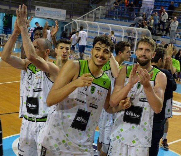 Raggisolaris Rekico Faenza vs Janus Basket Fabriano   61 - 67