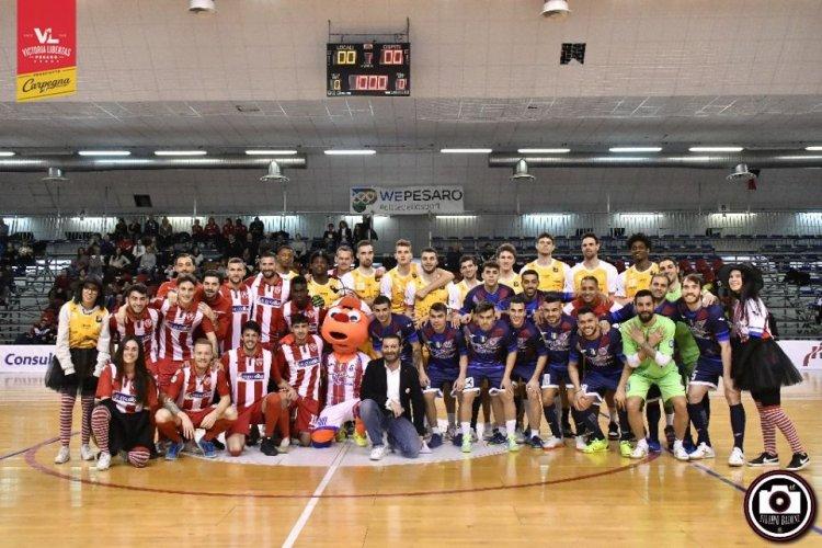 Tanto successo per la Befana Biancorossa insieme a Carpegna Prosciutto Basket Pesaro, Vis e Italservice .