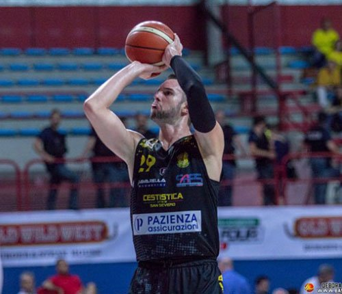 Riccardo Malagoli firma per il Porto Sant'Elpidio Basket