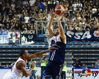 Andrea Costa Imola Basket - Fortitudo Bologna 75-76