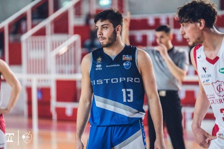 La Janus Basket Fabriano saluta Jona Di Giuliomaria