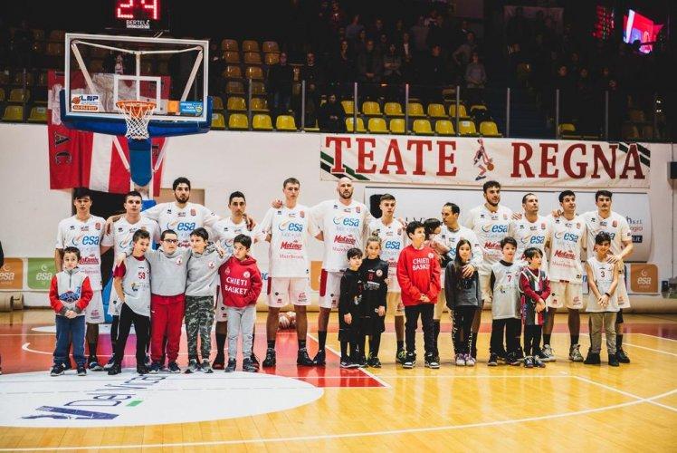 Janus Basket Fabriano   - Torniamo a casa : arriva Chieti al  PalaGuerrieri .