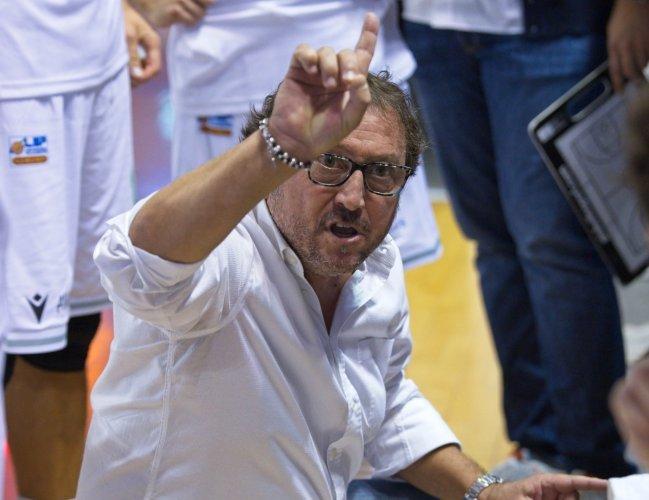 Luciana Mosconi Ancona - Rinnovata la fiducia a coach Paolo Regini .